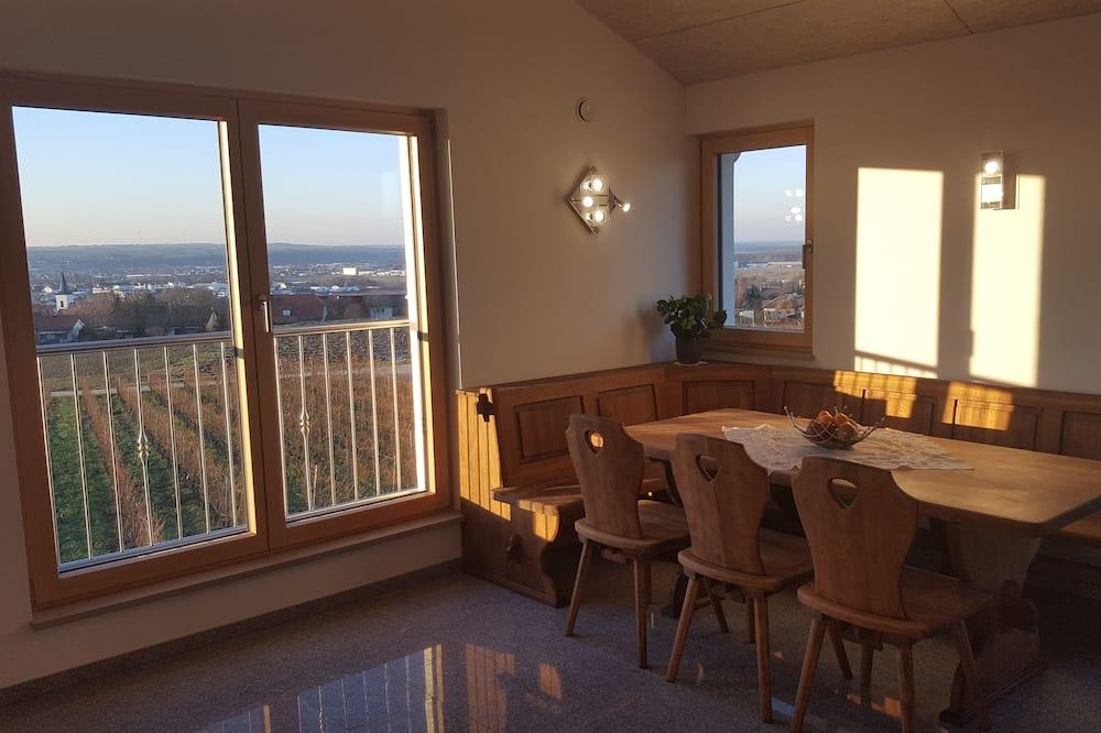 Apartamentai (Silvaner) - Vakarienės kambaryje
