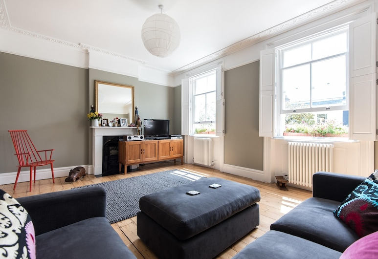 Westbourne Grove Viii by Onefinestay, Londra, Apart Daire (3 Bedrooms), Oturma Odası