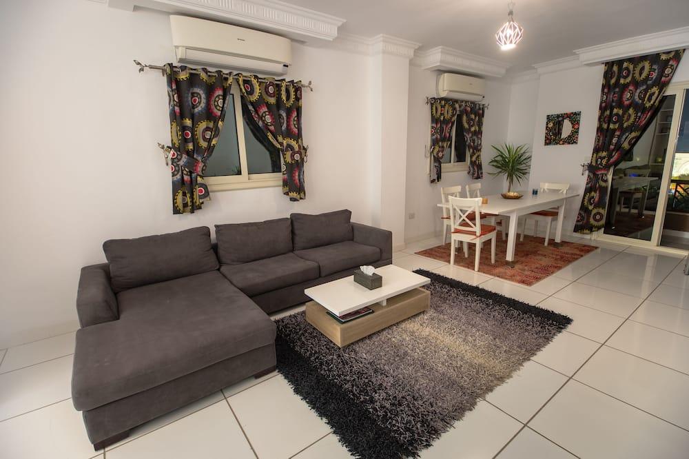 Apartment, 3 Bedrooms (APP No 6) - Bilik Rehat