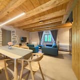 Luxury Villa, 2 Bedrooms - Living Room