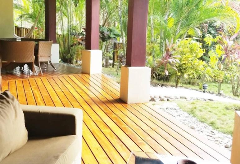 Hotel Playa Cielo, Cobano, Beachfront Luxury Family Villa - Tortuga, Terrace/Patio
