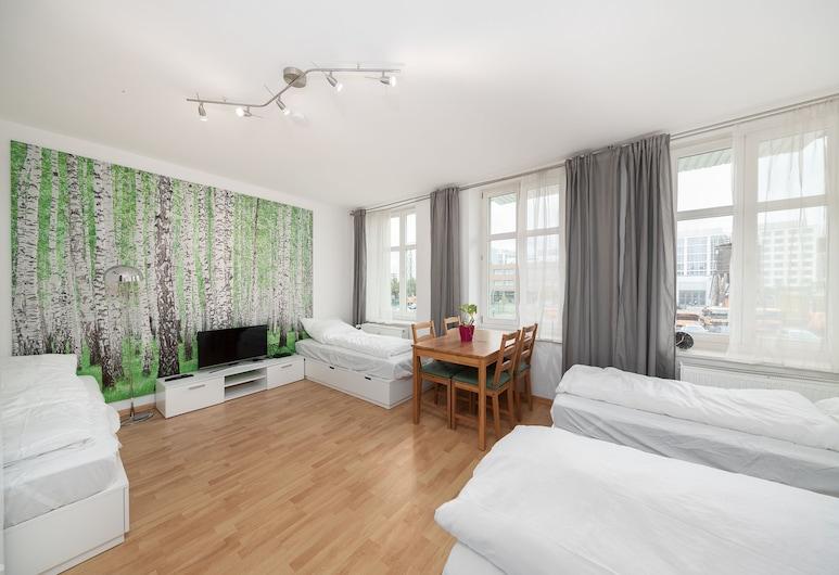 Kater Apartments, Berlin, Standard-Apartment, 2Schlafzimmer, Ausblick vom Zimmer