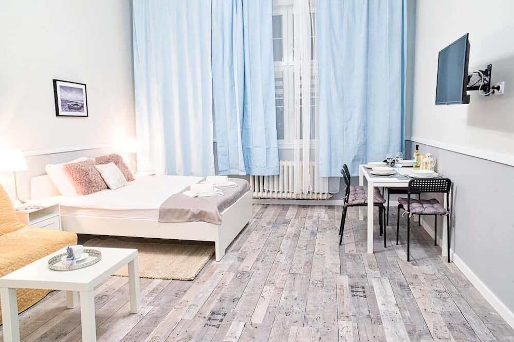 Luxury Triple Room - Living Area