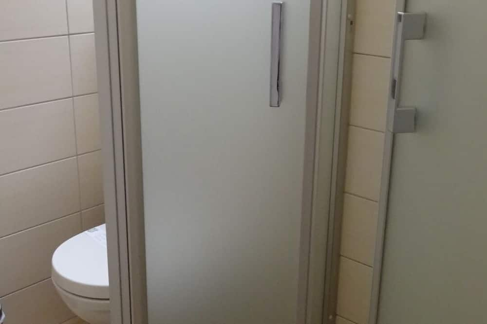 Standard-dobbeltværelse - i anneksbygning - Badeværelse