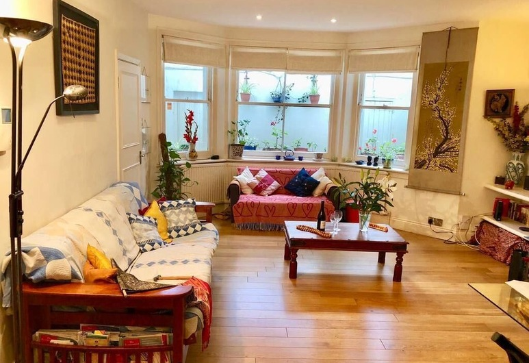 Notting Hill - Holland Park London flat, London, Apartment, Living Area