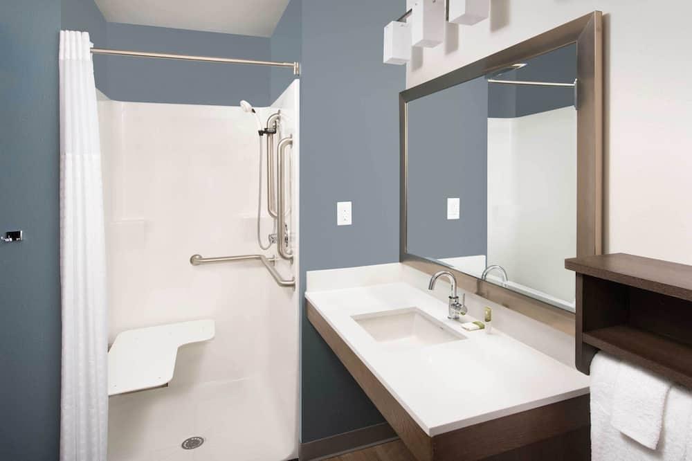 Soba, 1 queen size krevet, pristup za osobe s invalidnošću, za nepušače (Roll-in Shower) - Kupaonica
