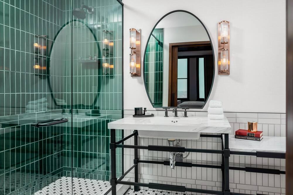 Surety King - Bathroom