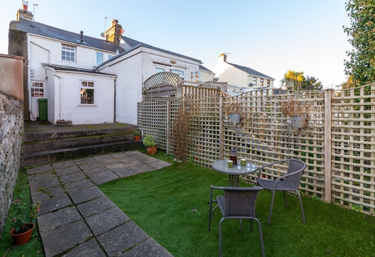 Curlew Cottage - a Holiday Cottage That Sleeps 2 Guests in 1 Bedroom, Castletown