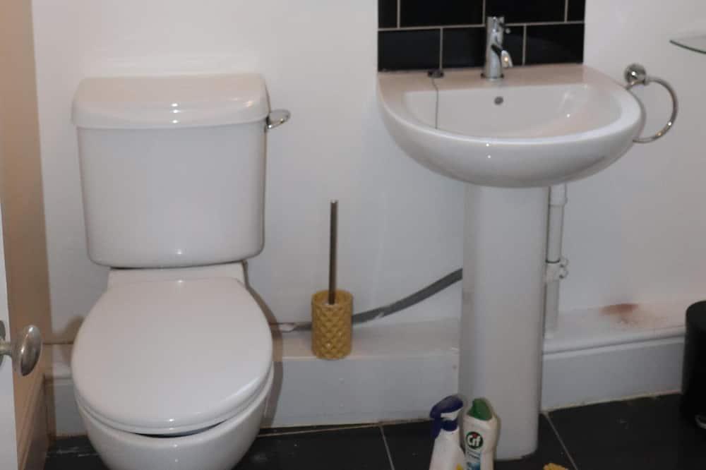 Dom typu Comfort, súkromná kúpeľňa - Kúpeľňa