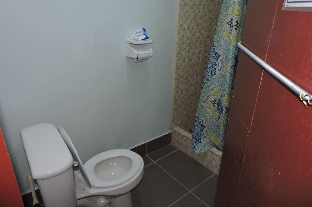 Kamar Double Ekonomi - Kamar mandi