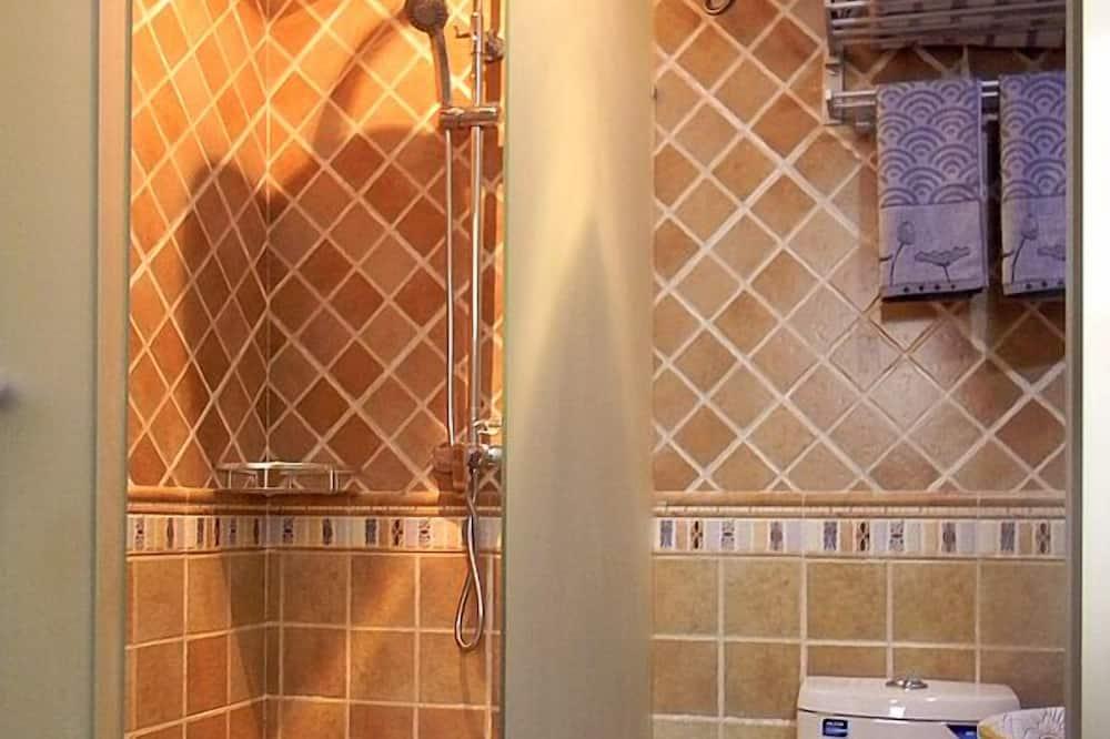 コンフォート ダブルルーム - バスルームのシャワー