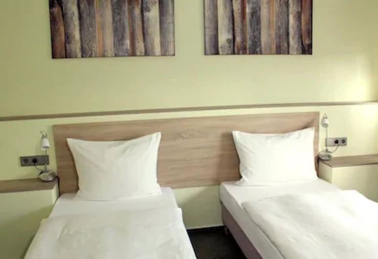 Motel Monteur, Кастроп-Рауксель, Номер, 3 односпальних ліжка, Номер