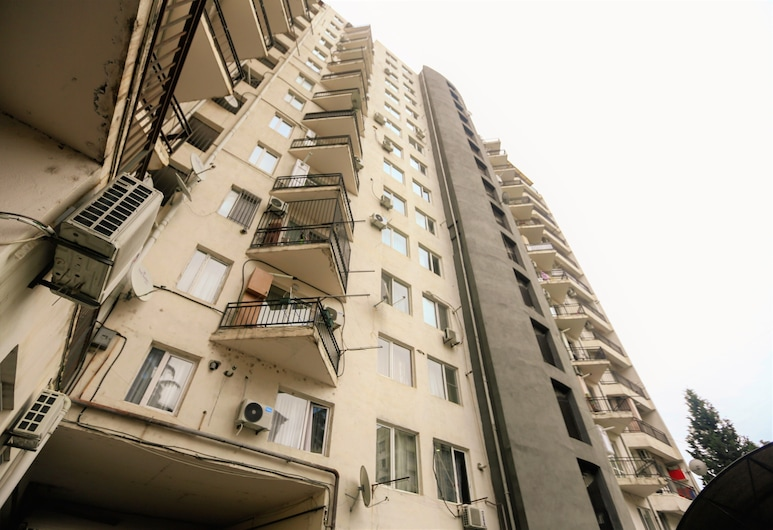 One Bedroom apartment for shopaholics, Tbilisi, Front of property