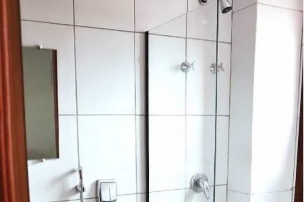 Economy Single Room, 1 Twin Bed - Bathroom