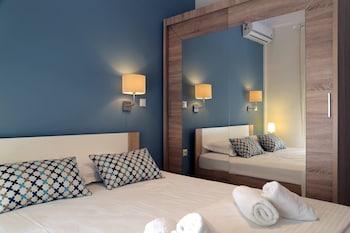 Gambar Stylish Modern Apartment di Thessaloniki