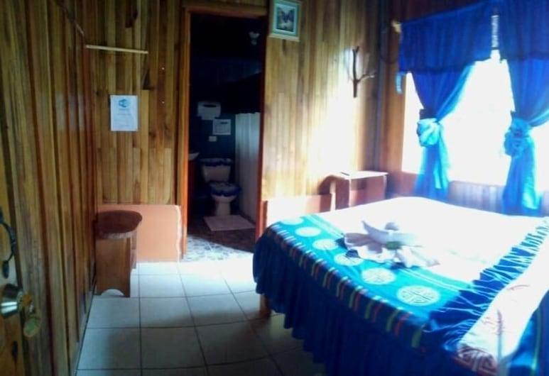 Pensión y Cabinas Colibrí Monteverde B&B, Monteverde, Habitación doble estándar, 1 cama doble, cocina básica, junto a la montaña, Habitación