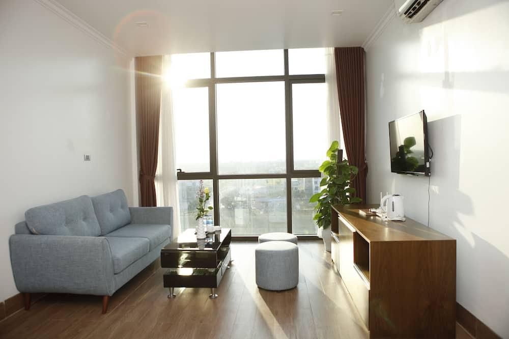 חדר אקזקיוטיב לשלושה - סלון