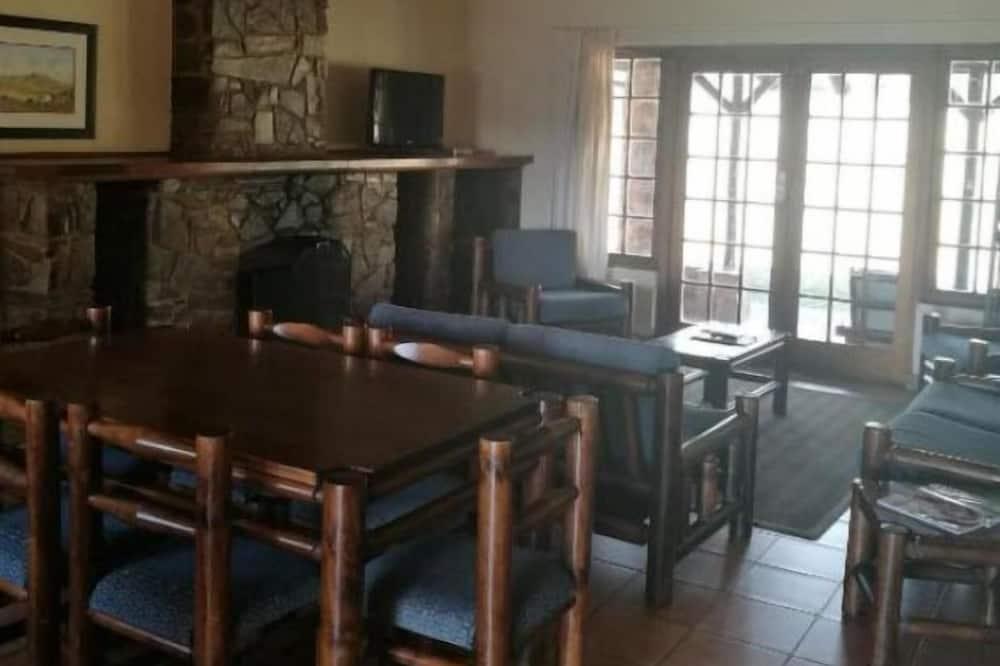 Chalet, 4 kamar tidur, pemandangan gunung - Tempat Makan Di Kamar