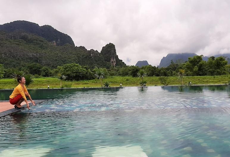 Lisha Grand Hotel, Vang Vieng, Ogród
