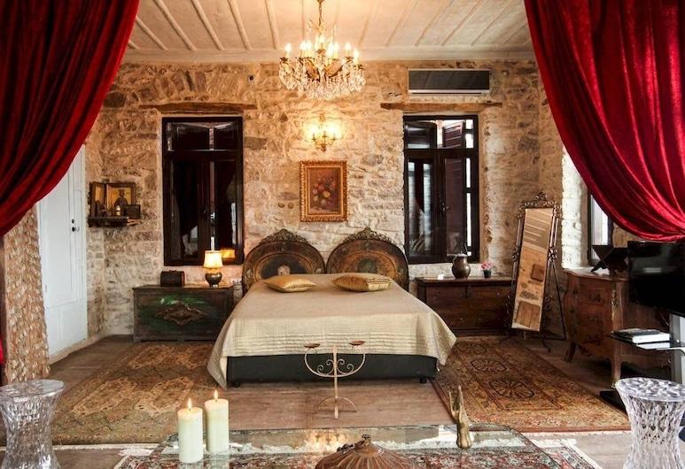 Antique Luxury Suite 75sq.m., Kalavrita, Apartmán, Izba