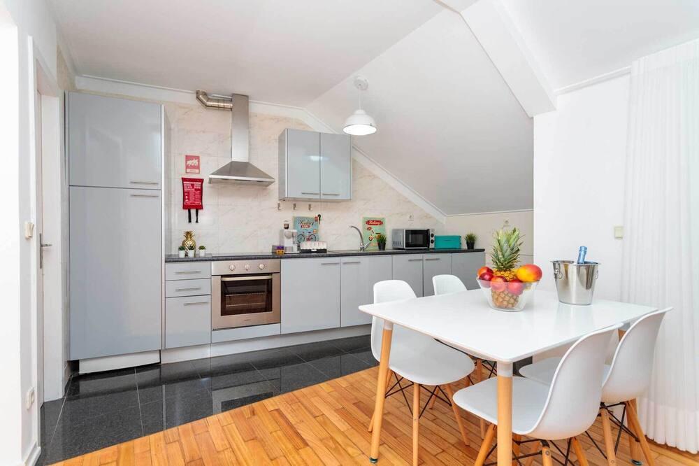 Appartement, 2 slaapkamers - Eetruimte in kamer