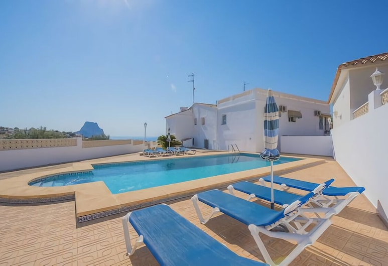 Low Price 4 Bedroom Villa With Nice View Over The Sea, Private Pool, Wifi, BBQ, Calpe