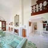 Villa, 2 Bedrooms, Terrace - Living Room