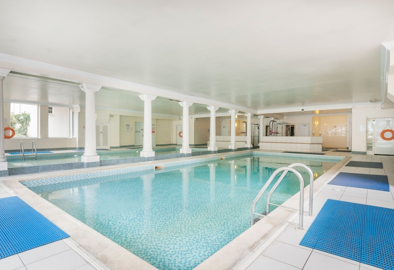 Stunning 2 bed near Haymarket with pool, Édimbourg
