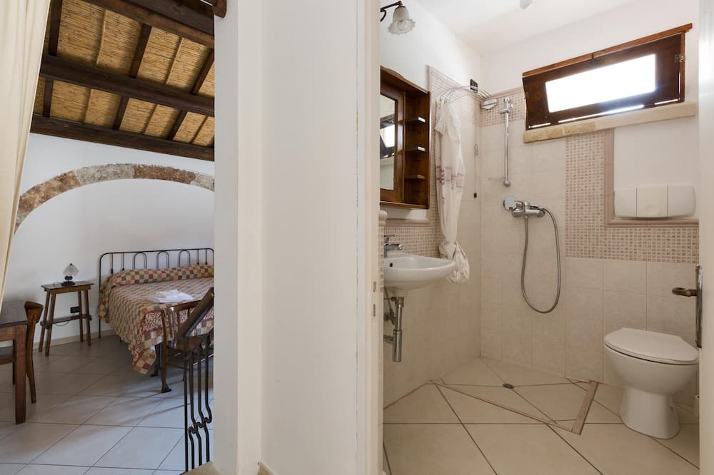 Basic Apartment, 1 Bedroom (Canneto) - Bathroom