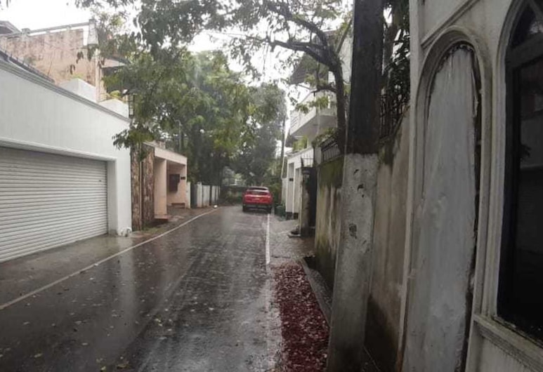 Summerset House, Sri Jayawardenepura Kotte