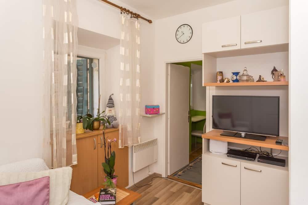 Apartmán, balkon - Obývací pokoj