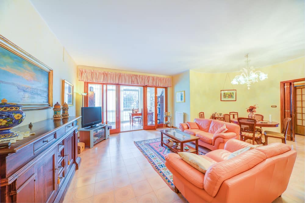 Apartment, 2 Bedrooms, Balcony (Siracusa Teatro Greco Apartment) - Living Area