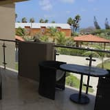 Family Condo, 2 Bedrooms, Balcony, Partial Ocean View - Balcony