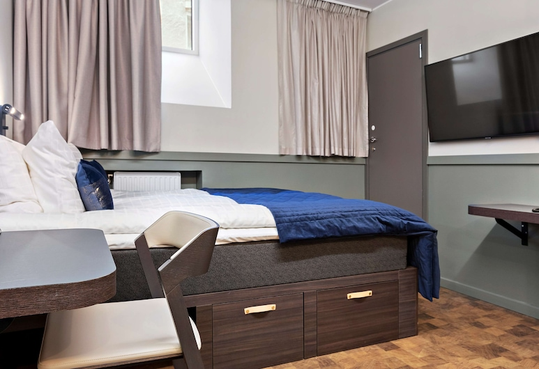 Best Western Hotel at 108, Stockholm, Standard Room, 1 Queen Bed, Non Smoking, Guest Room