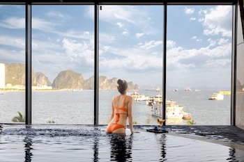 Picture of Muong Thanh Grand Bai Chay Hotel in Ha Long