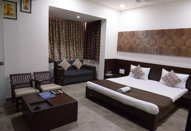 Hotel Palm View Residency, Vadodara, Deluxe Room, Guest Room