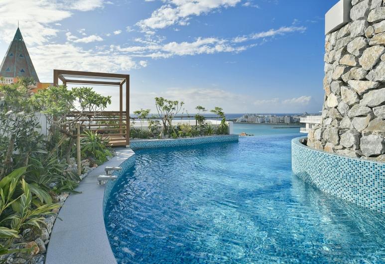 沖繩北谷町樂曲渡假村及水療中心, 北谷, 無邊際泳池