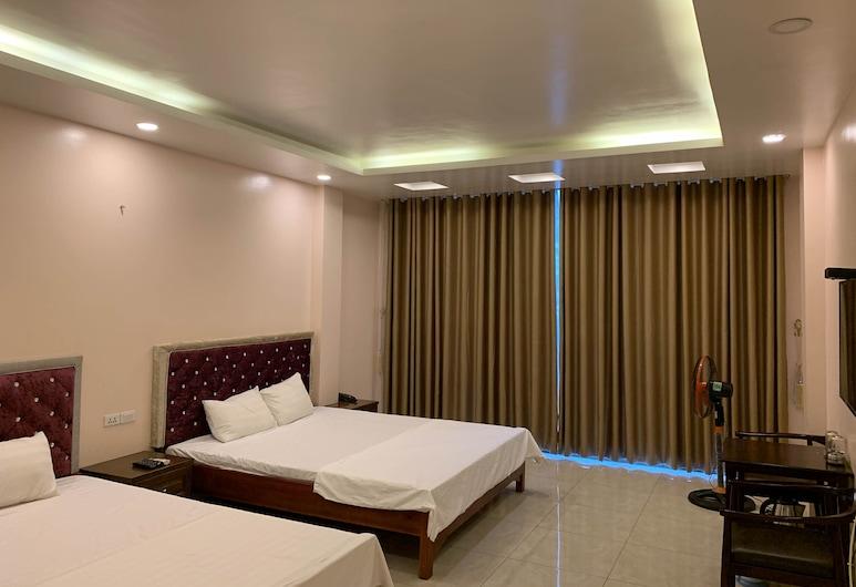 OYO 620 New World Hotel, Hanoi, Superior Triple Room, Guest Room