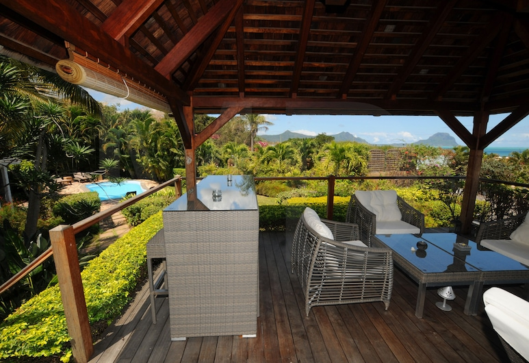 Villa Acassia with 2 rooms, Black River, Terraza o patio