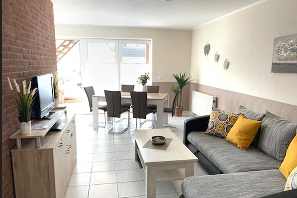 Ferienwohnung, 3 Schlafzimmer, Nichtraucher, Terrasse (Cleaning Fee 65,00 EUR) - Wohnbereich