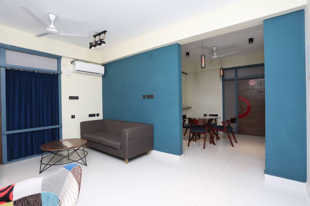 Paaugstināta komforta luksusa numurs - Dzīvojamā istaba