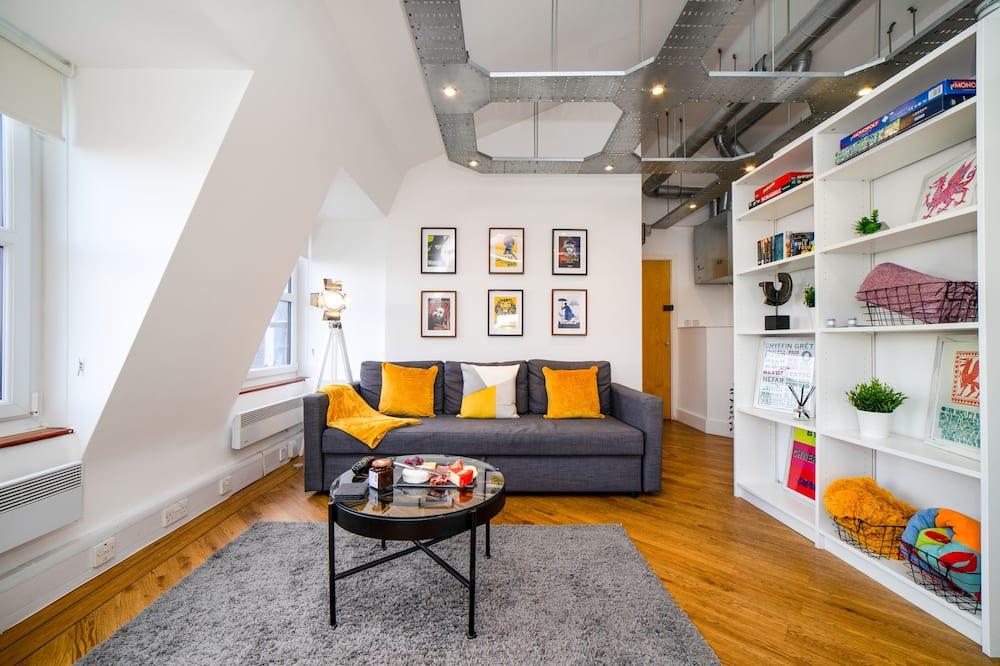 Panoramic Studio - Living Room