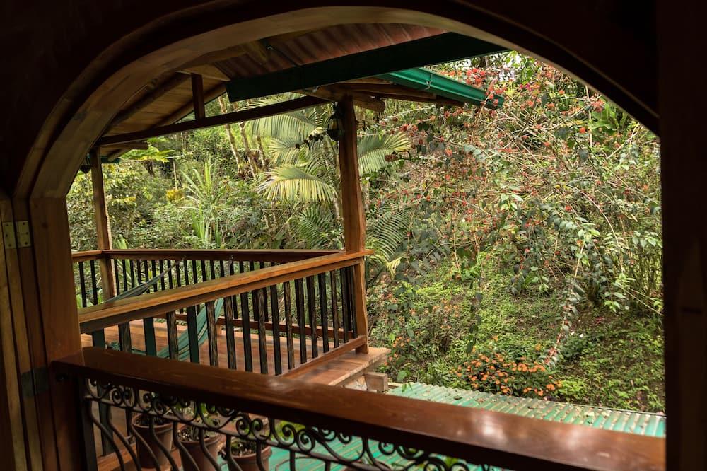 Værelse - 2 enkeltsenge - balkon - udsigt til have - Altan