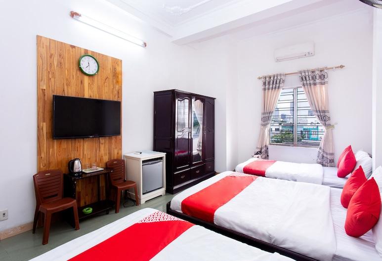 OYO 553 Truong Giang Hotel, Da Nang, Superior négyágyas szoba, Vendégszoba
