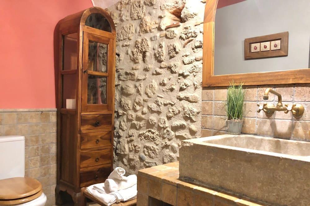 Værelse (Masía) - Badeværelse