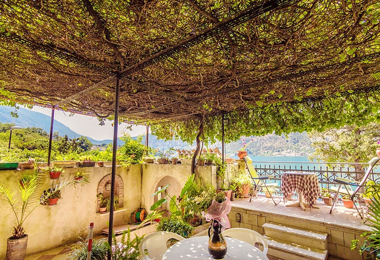 Villa Donkovic, Kotor, Terrasse/veranda