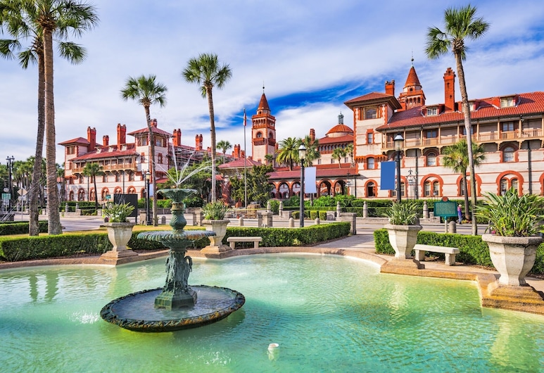 New Listing! Luxe Getaway W/ Sunroom, Near Beach 3 Bedroom Home, Palm Coast, Dom, 3 spálne, Bazén