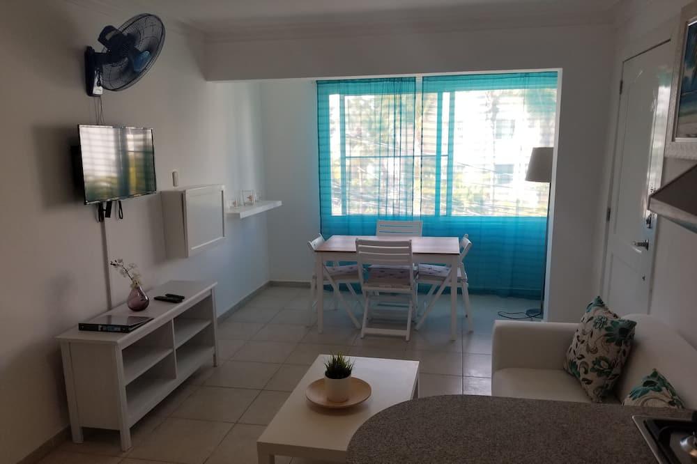 Apartamento superior, 2 habitaciones - Sala de estar