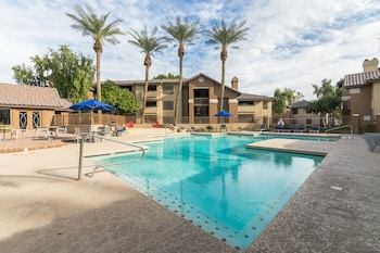 Image de The Luxe Suites of Tempe - Pool - Fitness Center à Tempe