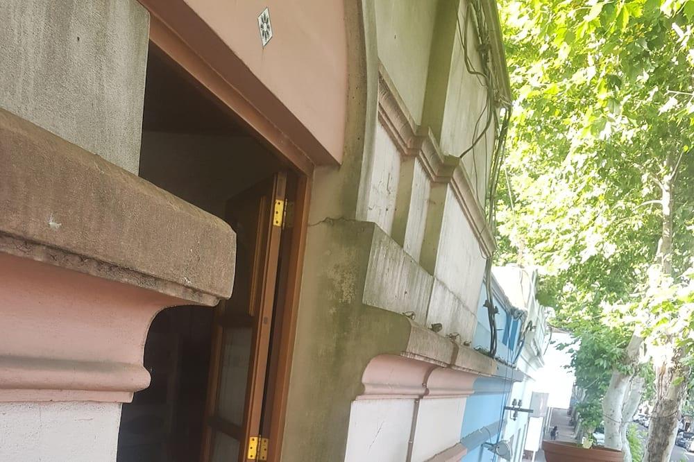 Habitación cuádruple familiar, 1 habitación, vistas a la ciudad - Balcón